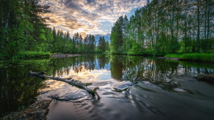 Volkhov River by Mikko Leinonen